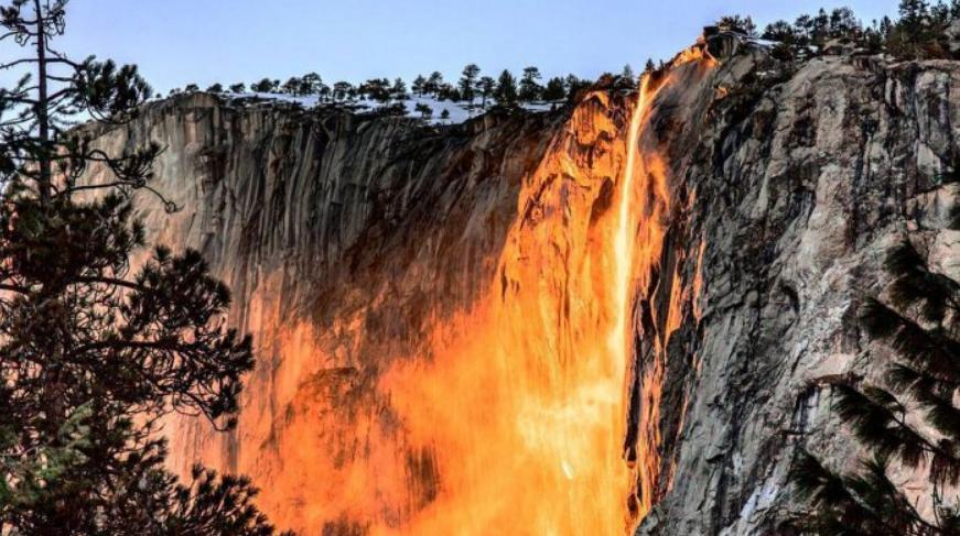 Indahnya Air Terjun Api Di Taman Nasional Yosemite, California, Amerika Serikat