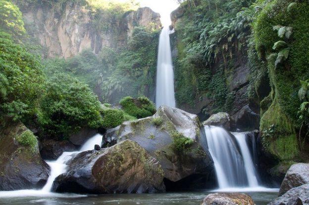 Wisata Air Terjun Coban Rondo Malang, Awal Kisah Dewi Anjarwati Jadi Janda